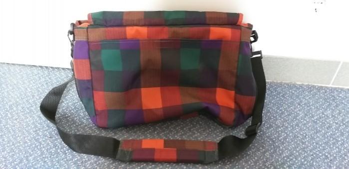 Umhängetasche / Messenger Bag von Eastpak