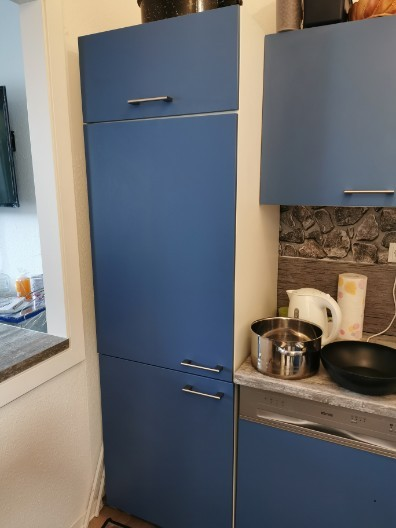 Einbaukühlschrank mit Schrank zu verkaufen