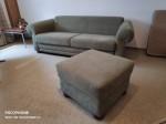 2-sitzer Couch und Hocker Alcantara