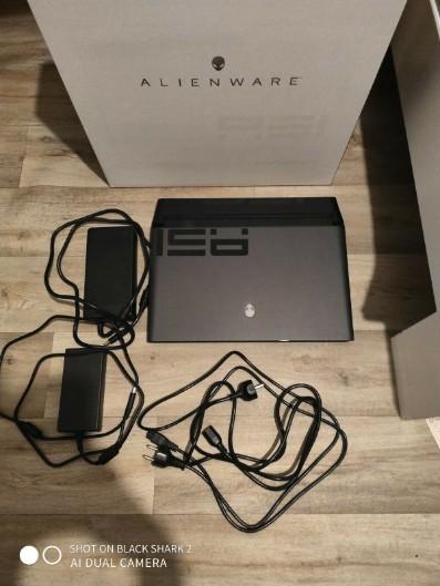 Alienware Area 51m RTX 2080I9 9900k64GB DDR4 Ram1,