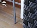 Schwarzer Gartentisch mit Glasplatte - Vorschaubild 1