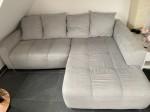 Wohnlandschaft / Couch, hellgrau, neuwertig