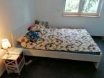 Bett mit Matratze von Ikea